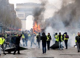 Clashes mark 19th weekend of French 'yellow vest' protests